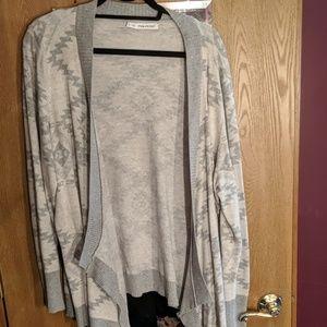 Grey diamond pattern sweater